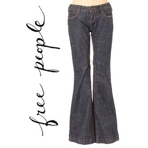 Free People flared leg Jeans                (P7)
